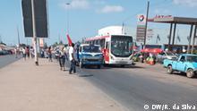 Busse und andere Personenbeförderung in einem von Maputos Veraltastatungsorten