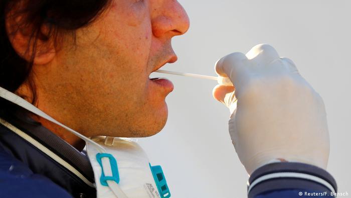 Berlin Patient testet selbst auf Coronavirus (Reuters/F. Bensch)