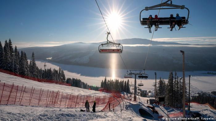 Coronavirus: Sweden still skiing despite concerns