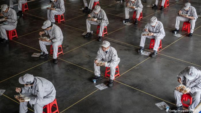 Coronavirus | China wird die Sperrung von Wuhan Coronavirus beenden (Getty Images/AFP/STR)