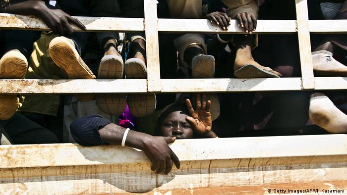 Viele Flüchtlinge in einem LKW in Mosambik erstickt