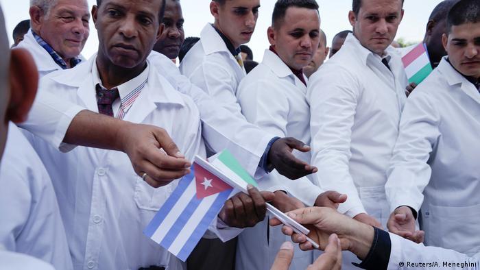 Kübalı doktorlar 21 Mart'ta İtalya'ya ulaştı
