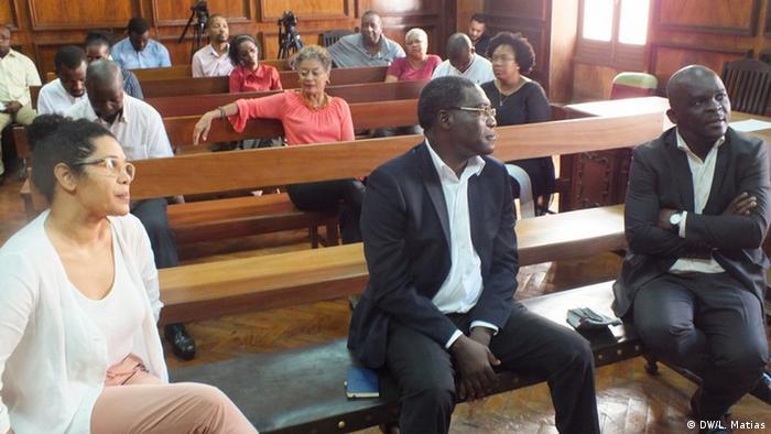 Arguidos no processo: Sheila Temporário, António Pinto e Hélder Fumo durante o julgamento em Maputo
