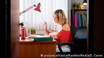 Δουλεύοντας από το σπίτι
