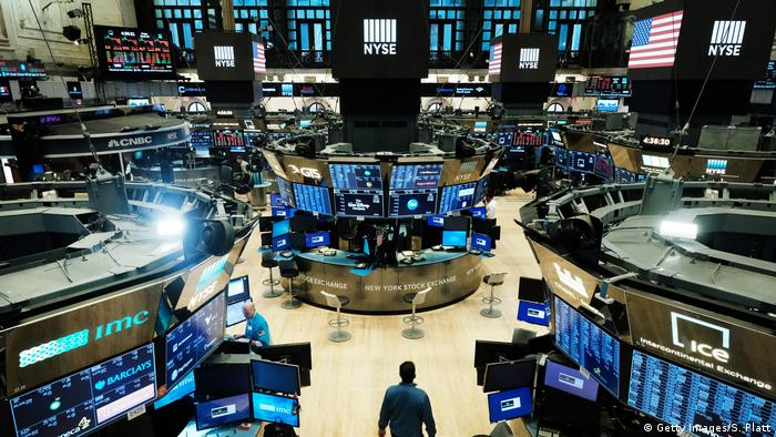 Symbolbild -USA- Wirtschaft - Anstieg Dow Jones (Getty Images/S. Platt)