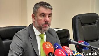 Alen Šeranić: Nezahvalno je davati bilo kakve prognoze. Može se desiti da potraje i do juna, ali kada dostignemo vrh epidemije, onda ćemo moći reći dokle će to trajati.