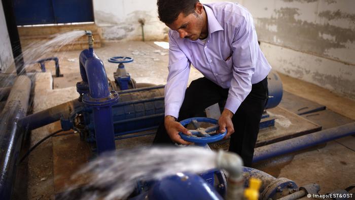 صورة رمزية لمحطة مياه في سوريا