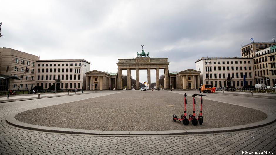 Germany Won T Lift Coronavirus Restrictions Before April 20 Chancellory News Dw 28 03 2020