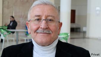 İktisat profesörü Mustafa Durmuş