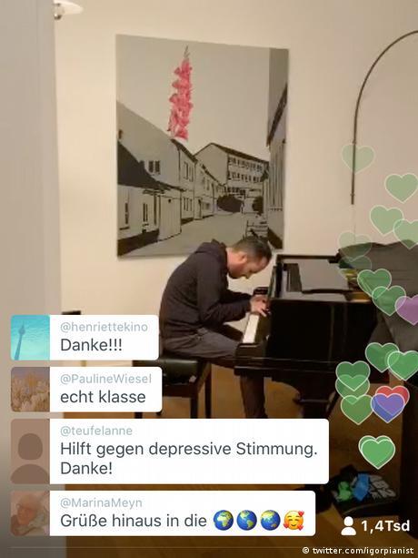 Screenshot of Igor Levit playing the piano