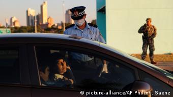 Foto de policía en Paraguay