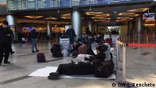 Flughafen ,Wnukowo, Moskau ,Russland gestrandete Menschen am Flughafen, Ruchudyn Saidulaev, Usbekistan,