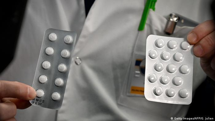 Frankreich Marseille | Medizinisches Personal mit Tabletten