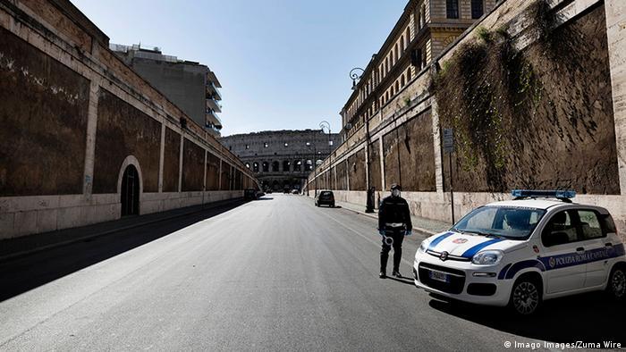 Italien Rom   Coronavirus   Polizei