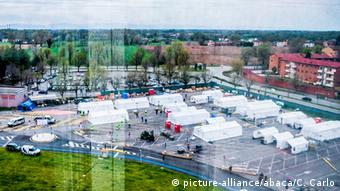 Полевой госпиталь в Кремоне, развернутый американской гуманитарной организацией Samaritan's Purse