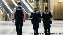 Frankfurt am Main Flughafen   Thema: Einreiseverbot für Nicht-EU-Bürger an Deutsche Flughäfen