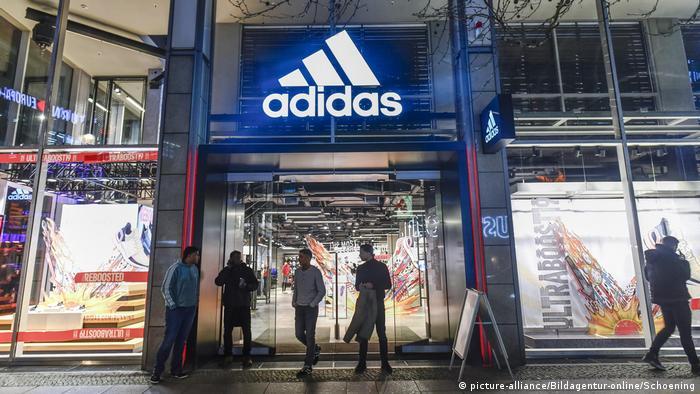 Toko Adidas di Berlin