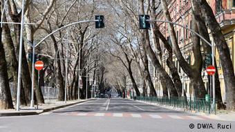 Albanien Tirana - Corona-Krise: Leere Straßen (DW/A. Ruci)