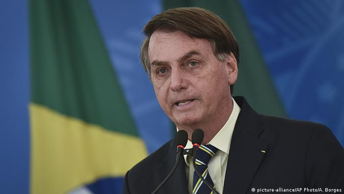 Brasilien Präsident Jair Bolsonaro (picture-alliance/AP Photo/A. Borges)