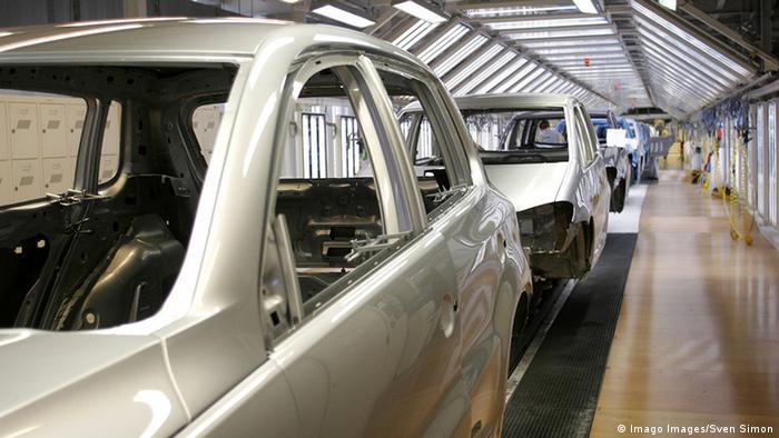 Виробництво на заводах Volkswagen тимчасово зупинене