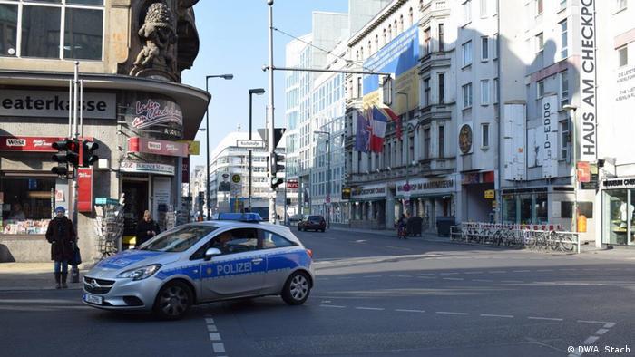 Берлін - не виняток. На вулицях німецької столиці цими днями так само безлюдно