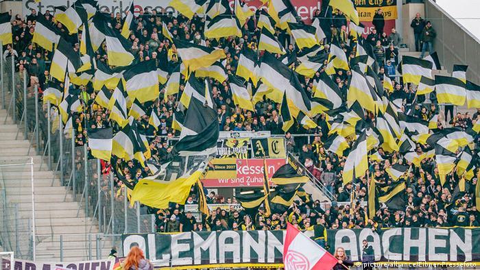 Deutschland Fußball Regionalliga | Alemania Aachen vs. Rot-Weiss Essen (picture-alliance/Eibner-Pressefoto)
