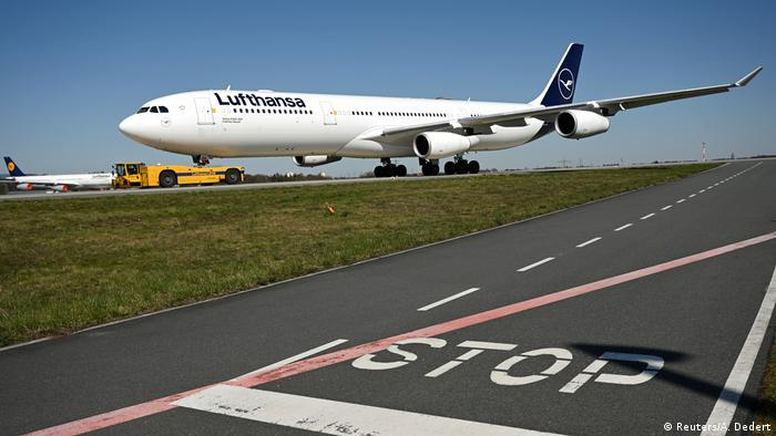 Lufthansa plane in Frankfurt