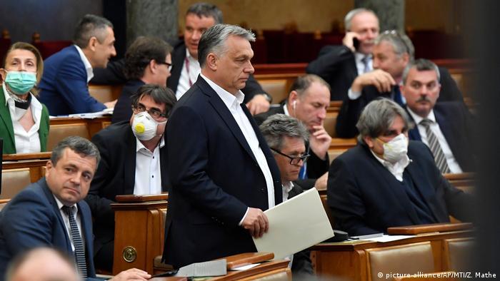 Mađarski parlament omogućio je Orbanovoj vladi posebna ovlašćenja još u martu 2020. godine