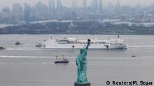 USA New York | Coronavirus | USNS Comfort & Freiheitsstatue