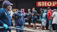 Südafrika Johannesburg Coronavirus Maßnahmen Polizei