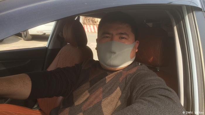 Водитель московского такси Артур