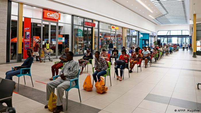 Südafrika Lockdown Ausgangssperre (AFP/P. Magakoe)