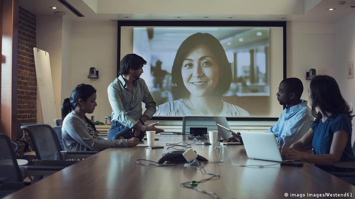 صورة رمزية لمحادثة عبر الفيديو