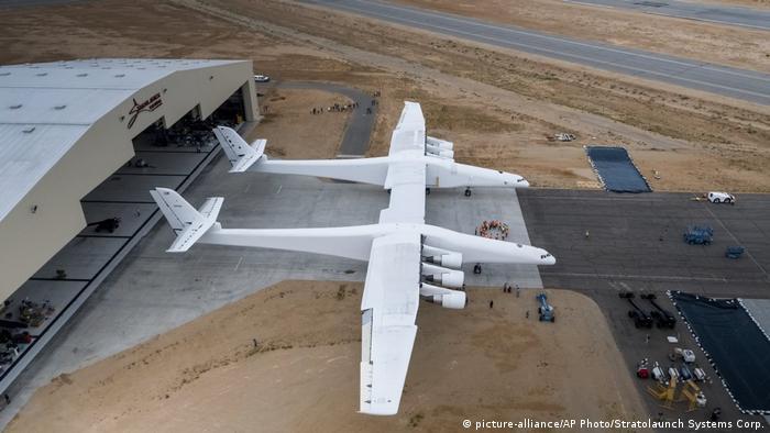 اختبار طائرة ستارتولانج في الولايات المتحدة عام 2017
