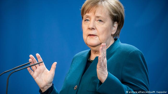 German Chancellor Angela Merkel (picture-alliance/dpa/M. Kappeler)