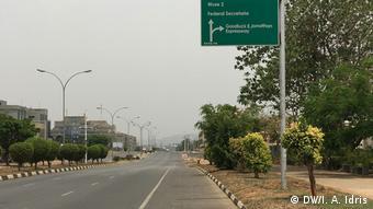 Abuja lokacin matakan kulle a zagayen farko na corona