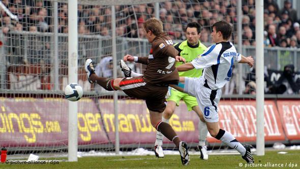 Flash-Galerie FC St. Pauli - DSC Arminia Bielefeld (picture-alliance / dpa)