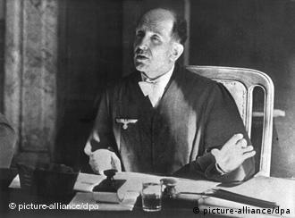 Роланд Фрейслер, председатель Народного трибунала ''третьего рейха''