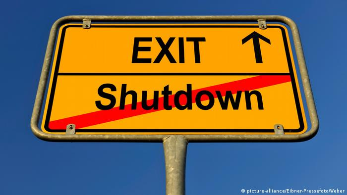 Symbolbild Exit Shutdown (picture-alliance/Eibner-Pressefoto/Weber)