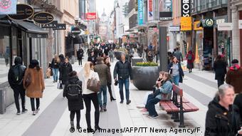 Η Σουηδία δεν έλαβε αυστηρά μέτρα