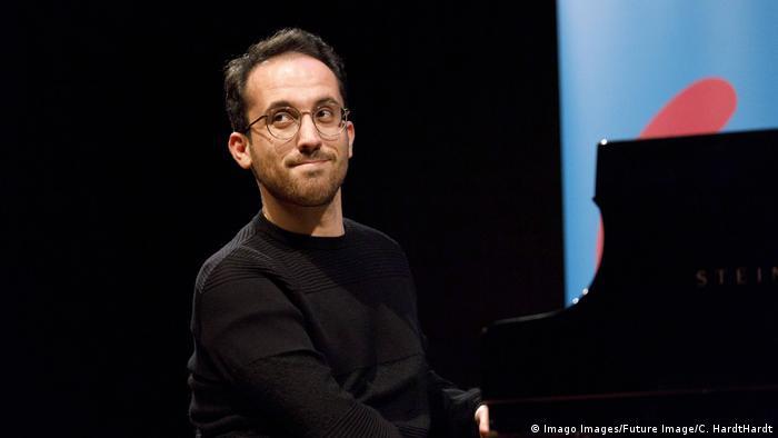 Coronavirus: German pianist's 20-hour concert to raise awareness of artists' plight