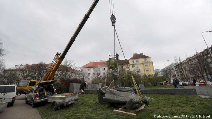 Dismantling of a Prague statue of Ivan Konev Statue