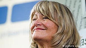 آلیس شوارتسر امروز ناشر نشریه فمینیستی اما در آلمان است