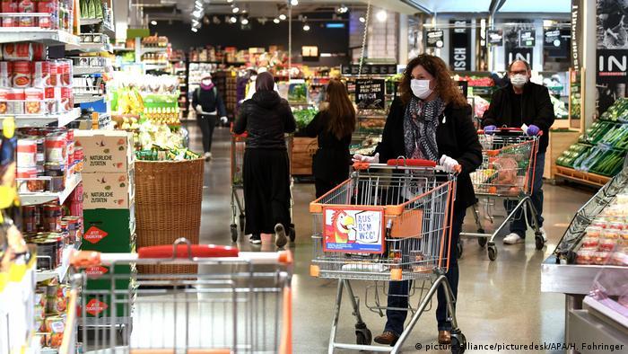 الزام استفاده از ماسک در سوپرمارکتهای اتریش