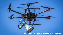 BdTD - Niederlande Heerlen Drohne mit Megafon