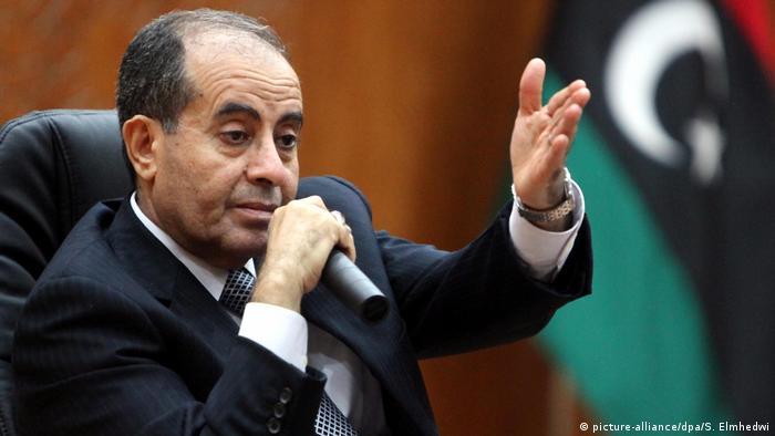 Libyen Mahmud Dschibril in einer Presskonferenz ARCHIV