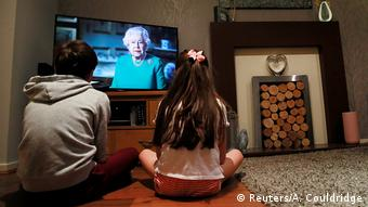 Großbritannien | Coronavirus | Ansprache Königin Elizabeth II. (Reuters/A. Couldridge)