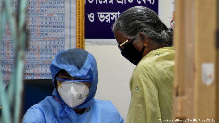 Coronavirus Indien (picture-alliance/Pacific Press/S. Pan)