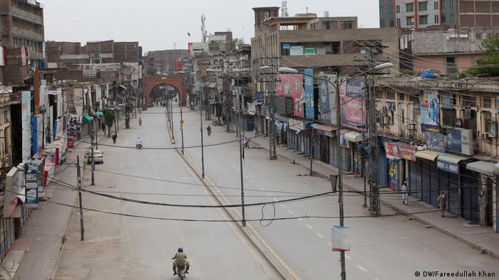 Lockdown Peshawar Pakistan (DW/Fareedullah Khan)