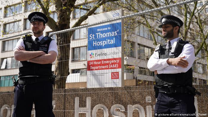 England   Coronavirus   Britischer Premierminister Johnson auf Intensivstation (picture-alliance/empics/A. Chown)